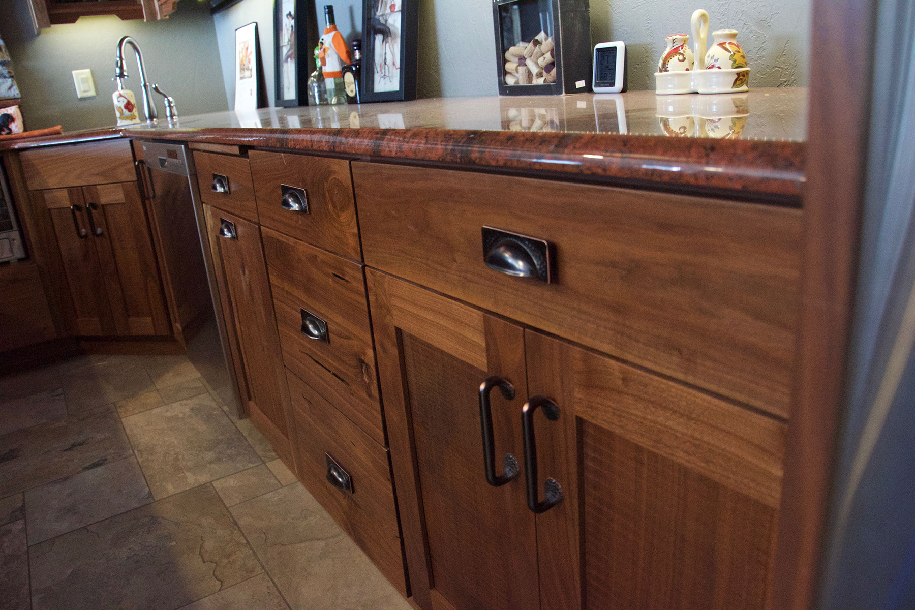 Advantage cabinets owatonna mn for Advantage kitchen cabinets